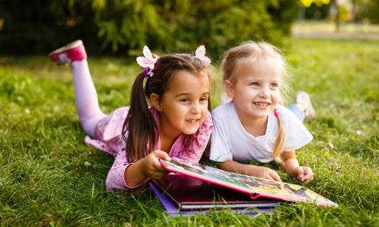 Многие дети продолжат учиться в каникулы
