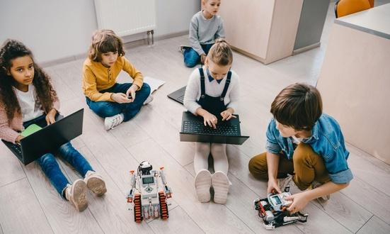 В России началась запись школьников на бесплатные курсы по программированию