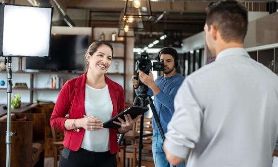 Как стать журналистом?